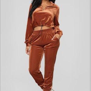 Rust Color Velvet Sweatsuit *Whole Set*